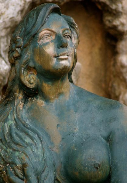 Sirena of Guam mermaid statue in Sirena Park, Hagåtña, Guam