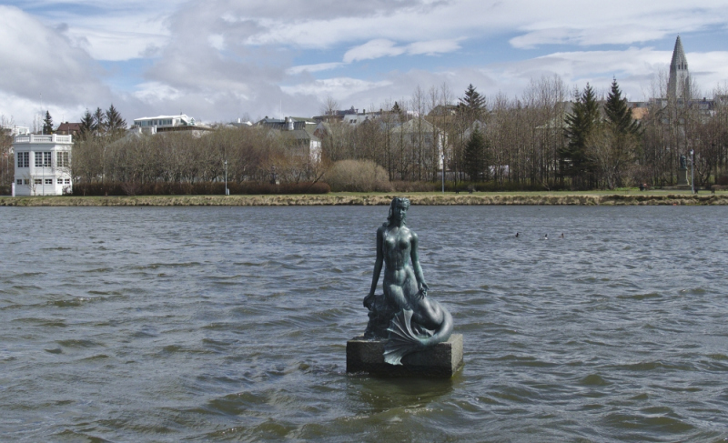 Iceland's Hafmeyjan (Mermaid) Statue by Nína Sæmundsson.  Photo © Rich Daley