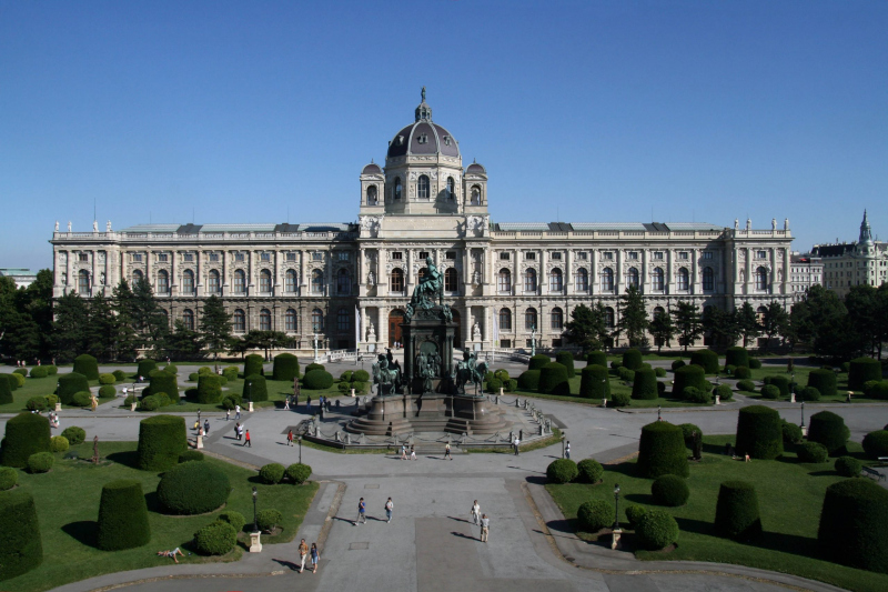 Maria-Theresein-Platz, Kunsthistorisches Museum Wien.  Photo by Manfred Werner - Tsui  CC3.0