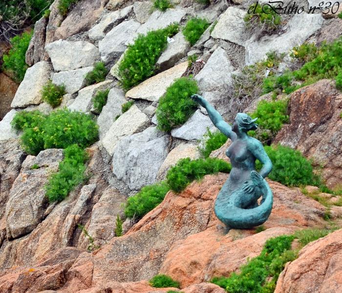 La Sirena del Orzán.  Photo by Dalmacio Casado.