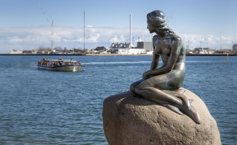 The Little Mermaid (Den Lille Havfrue), Copenhagen.  Photo © by News Øresund - Johan Wessman.