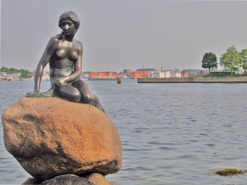The Little Mermaid Statue in Copenhagen. Photo by Rodolfo Puig.