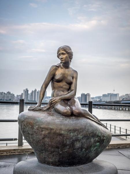 The Little Mermaid in Seoul.  Photo © by Mark Deibert.