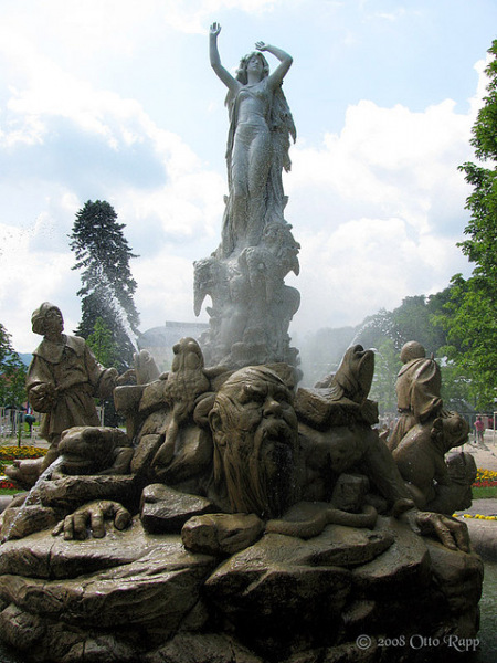 Undine Fountain detail.  Photo by Otto Rapp.