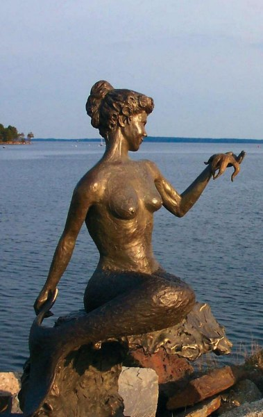 The Lorelie Mermaid in Unity, Maine.  Photo © by Forest Hart.