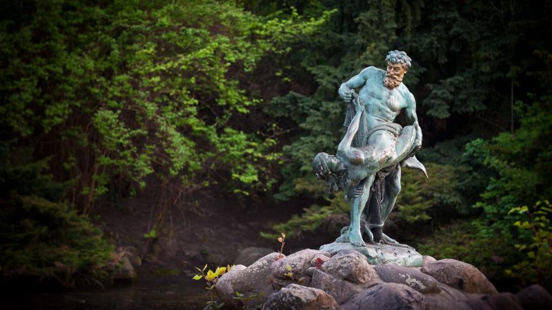 The Rare Catch in Berlin's Viktoria Park.  Photo © by Kobie van Rensburg.