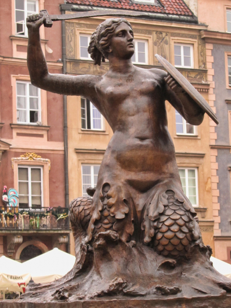 Syrenka Mermaid statue in Warsaw.  Photo © by Terence Faircloth, Atelier Teee, Inc.