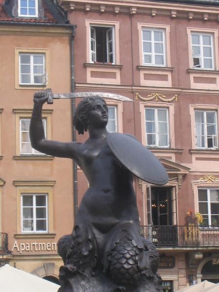 Syrenka Mermaid Statue in Warsaw.  Photo © by Vojtech Zuzanak.
