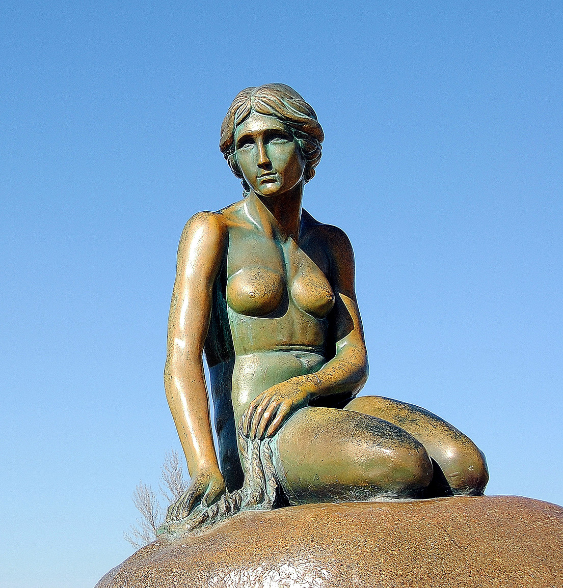 The Little Mermaid statue in Parque Europa