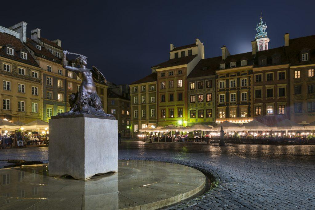 The Syrenka Mermaid Statue in Warsaw Old Town Market Square.  Photo © by Jacek Kadaj.