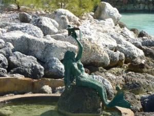 The Caylana mermaid statue on Coco Cay