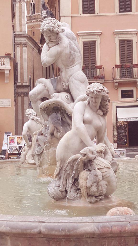 Fontana di Nettuno in Rome