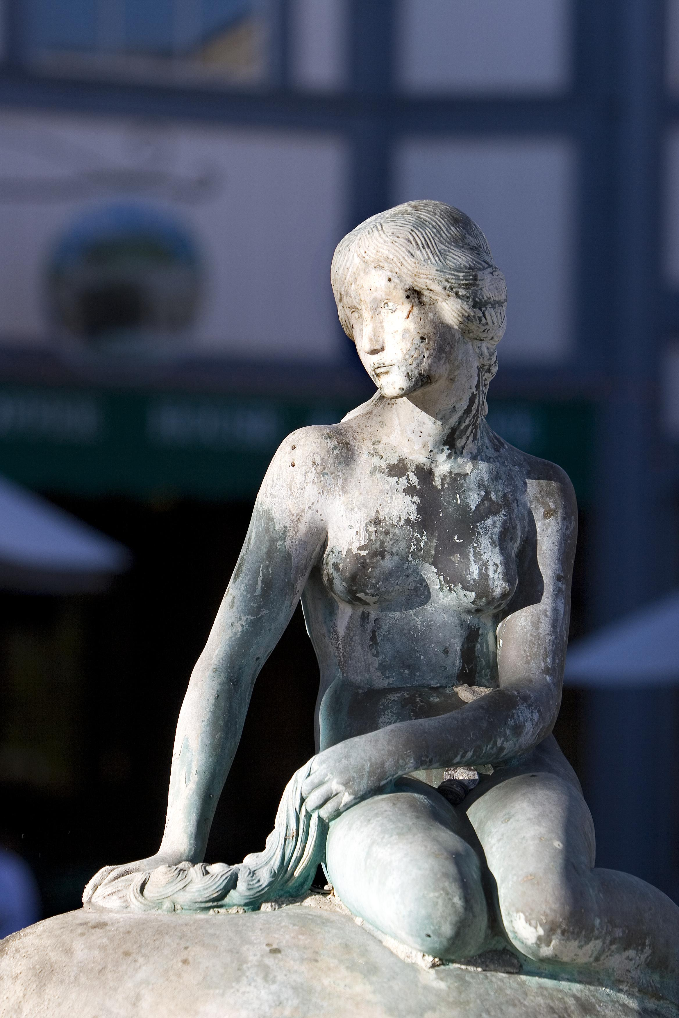 The Little Mermaid statue in Solvang